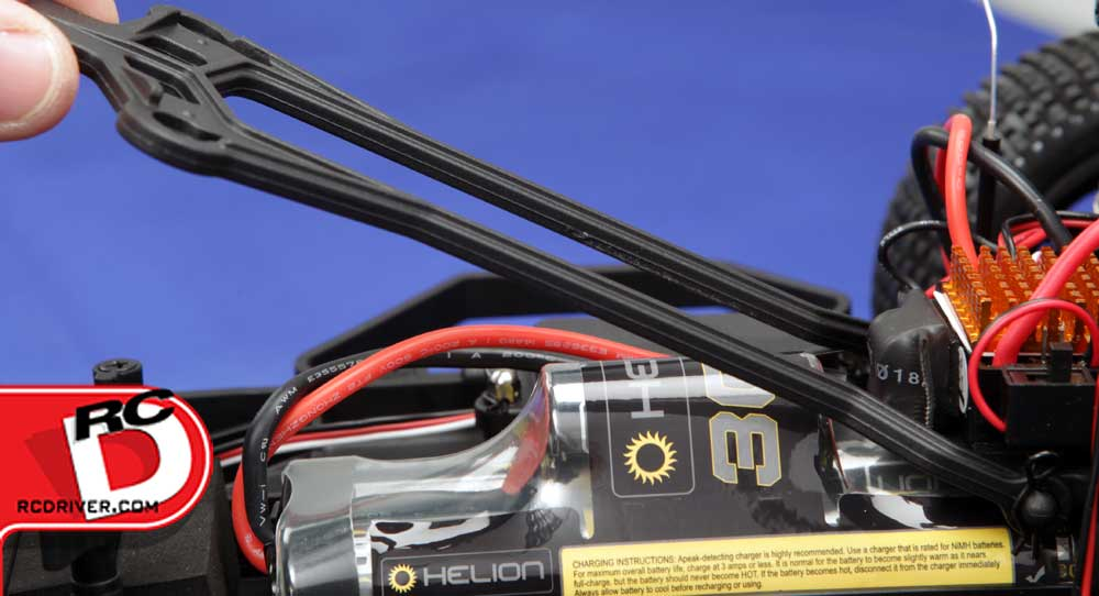 A 7-cell LiPo battery is included for maximum power and fun.